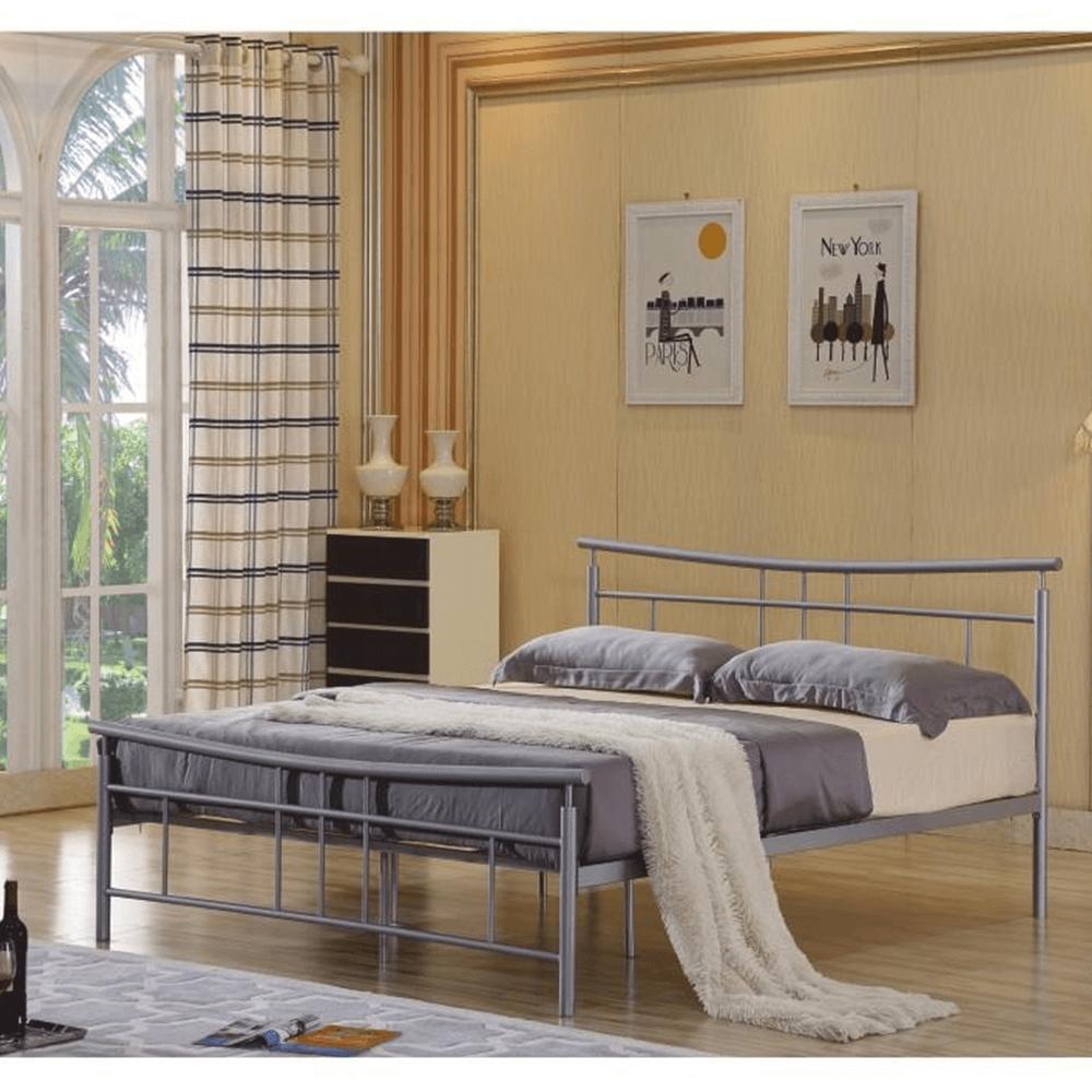 Ágy ágyráccsal 144